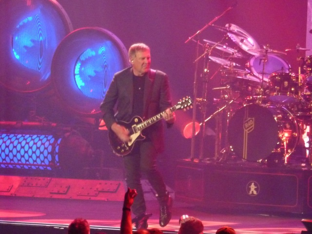 Alex Lifeson R40 Tour Tulsa