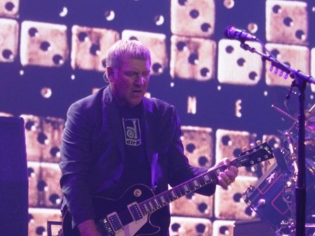 Alex Lifeson on Guitar