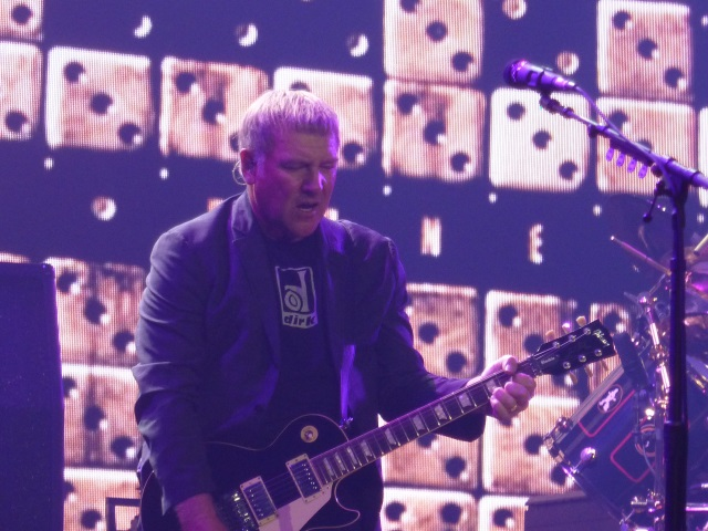 Alex Lifeson on Guitar