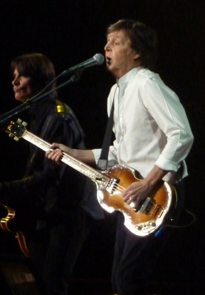 Paul McCartney singing