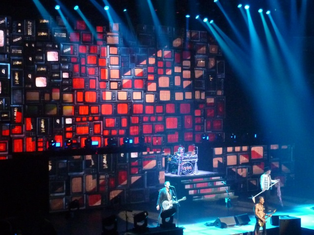 Def Leppard at Matthew Knight Arena in Eugene, OR