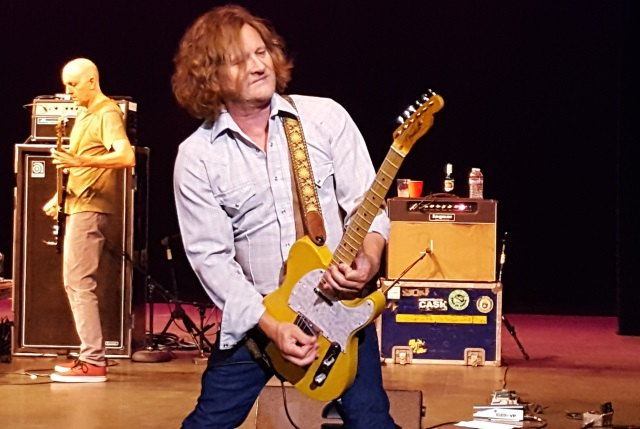 Guitarist Scott Johnson of Gin Blossoms