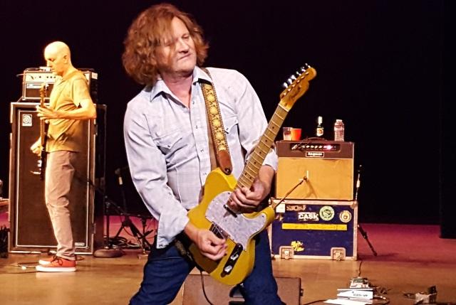 Guitarist Scott Johnson of Gin Blossoms