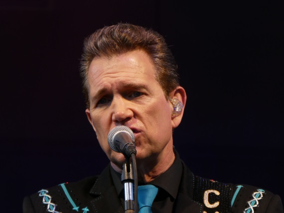 Chris Isaak in Bend