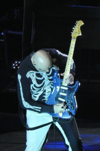 Billy Corgan playing guitar with Smashing Punpkins