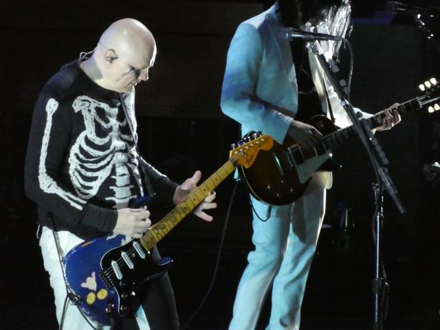 BIlly Corgan on guitar with Smashing Pumpkins