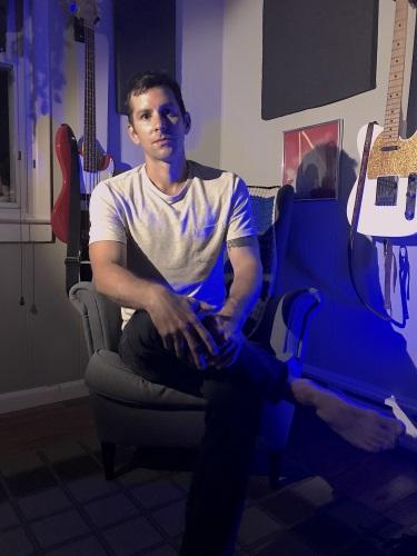 Jeff Pupa in home studio