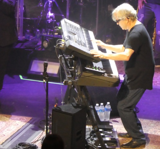 Steve Porcaro of Toto playing Portland