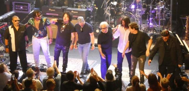 Toto says goodbye to Portland