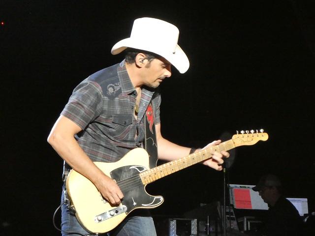 Brad Paisley on Guitar