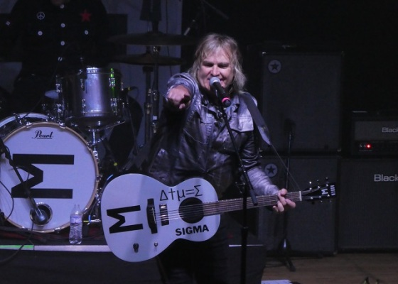 Mike Peters of The Alarm in Portland